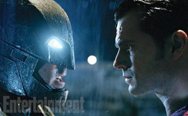 Batman-v-Superman-EWfaceoff-600x800