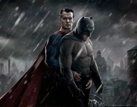 http://comicgeekos.com/blog/wp-content/uploads/2014/07/batman_superman.jpeg